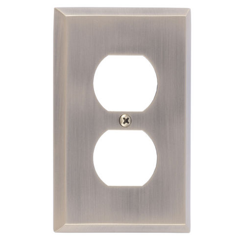 Brass Accents M07-S4510 Quaker Single Outlet, Antique Brass